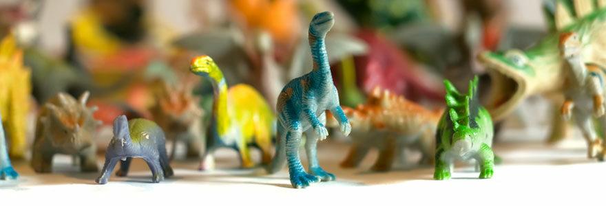 Figurines et des produits dérivés